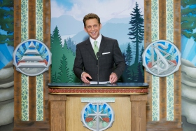 In testament to this historic occasion, Mr. David Miscavige, Chairman of the Board Religious Technology Center and ecclesiastical leader of the Scientology religion, led the dedication.